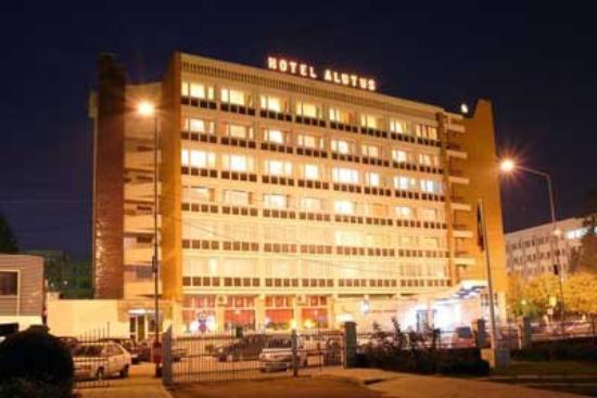 Photo of Alutus Hotel Ramnicu Valcea