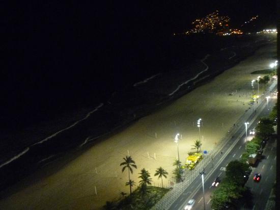 Sofitel Rio de Janeiro Ipanema: Vista nocturna desde la habitación