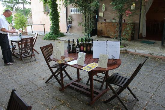 Torraccia di Chiusi: Wine testing