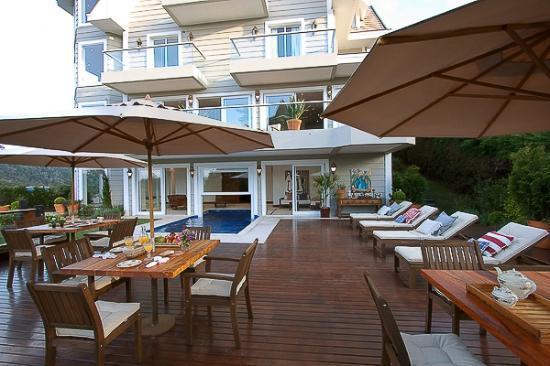 L.A.H. Hostellerie: área externa linda, e com uma vista fantástica!