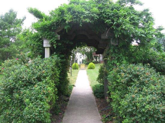 Digby Pines Golf Resort & Spa: Garden
