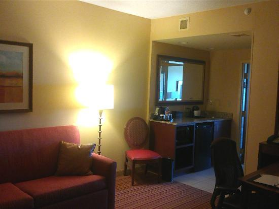 Embassy Suites by Hilton Norman - Hotel & Conference Center : View of the sitting area