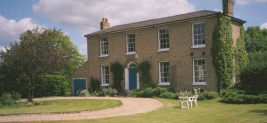 Manor Farm Bed and Breakfast: Summer's Day