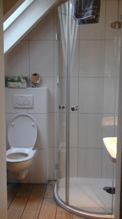 Postkutscherl: Annexe bathroom