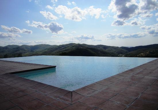 Agriturismo Ca' Lucano: Infinity pool