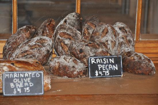 Standard Baking Co. : Bread