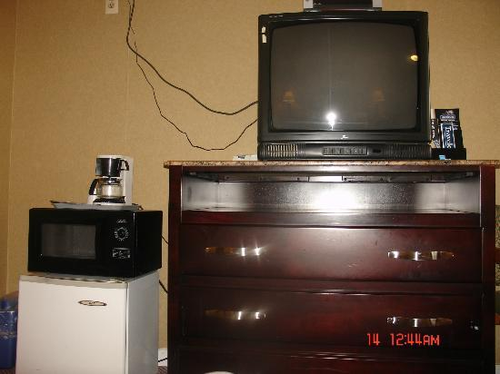 Travelodge Atlantic City: Microwaves,Refrigerators,tv,Coffee Makers