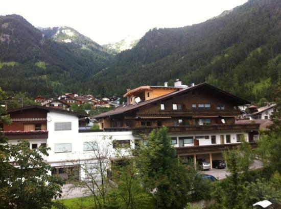 Alpenrose: aussblick vom zimmer
