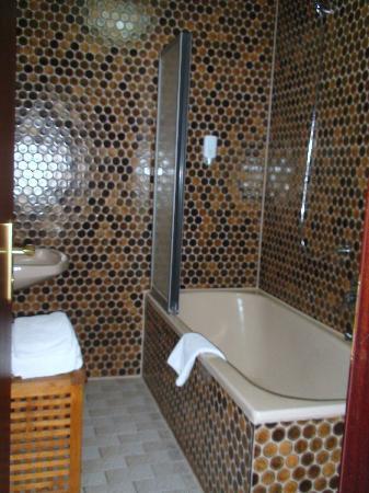 Gasthaus Zum Sonnenwirt: Bathroom