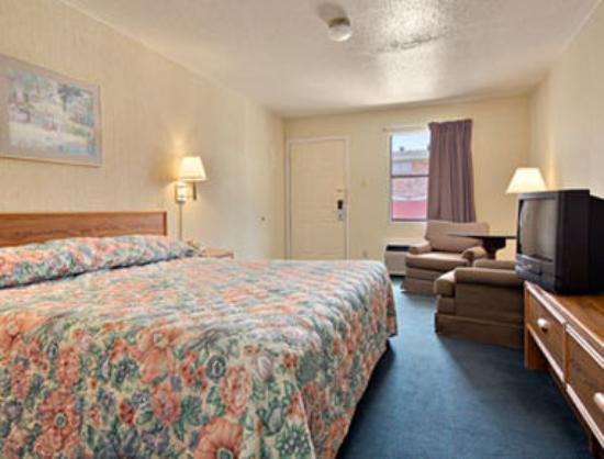 Knights Inn Houston Hobby Airport: Standard King Bed Room