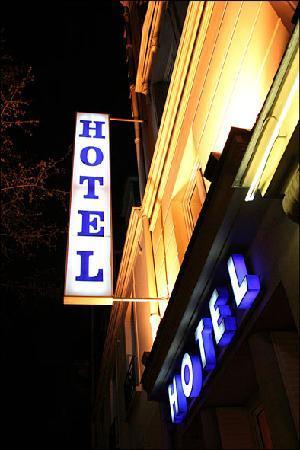 Photo of Grand Hotel Dore Paris