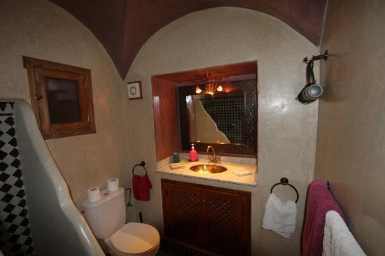 Riad Reves D'orient: vanity