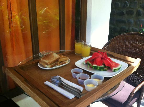 Manala Hotel: Free continental Breakfast.... 