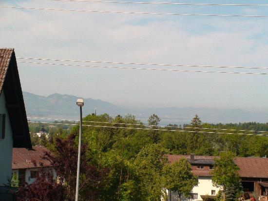 Landgasthof Seeblick: View of the lake (just)