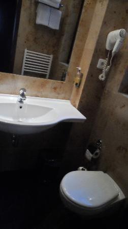 Clementin Old Town: baño