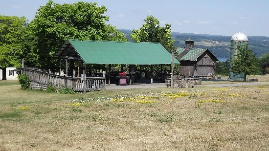 The Inn at Grist Iron: Pavillion on grounds