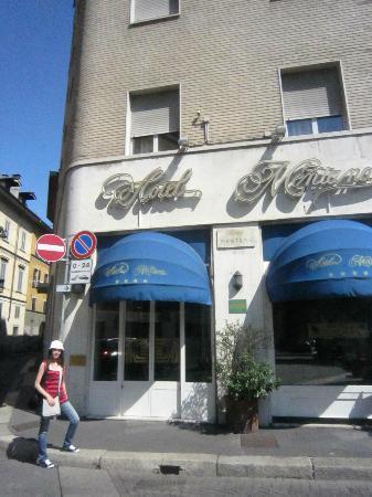 Mentana Hotel: Fachada del hotel