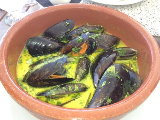 Sands Ibiza : mussels in curry