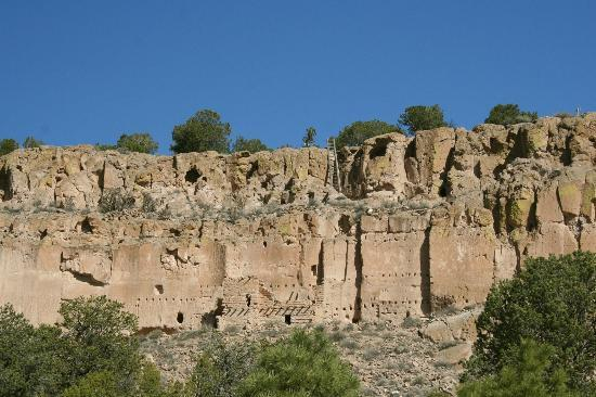 Puye Cliff Dwellings: Puye dwellings