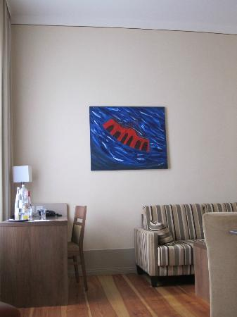 Hotel Am Grossen Waisenhaus: Young artists´ work decorate the rooms