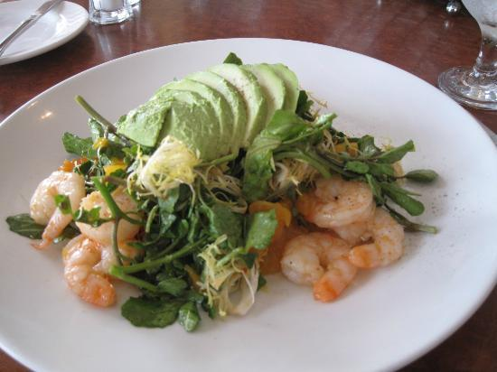 The American Grille: Shrimp and avocado salad