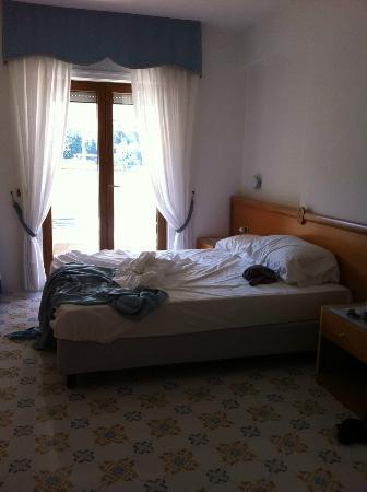 Hotel La Primavera: Room