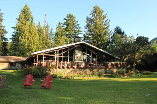 Bowen Island Lodge