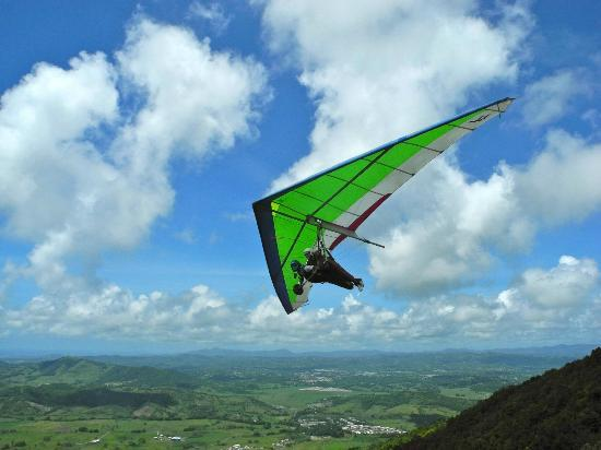 Barefoot Travelers Rooms: Hang gliding!