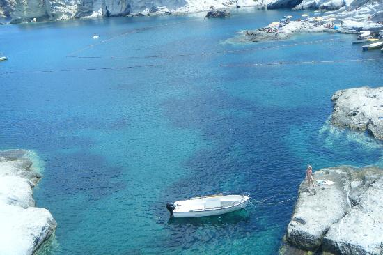 Piccolo Hotel Ponza: Crystal clear water