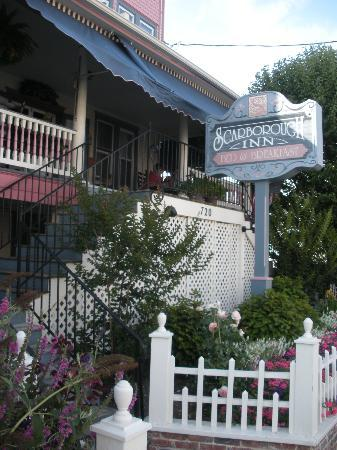 Scarborough Inn: Front of the Inn