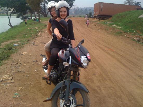Walter's Kampala Boda Boda City Tours: Two girls on their own motorbike tour( self drive)