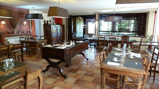Cafe des Rosiers