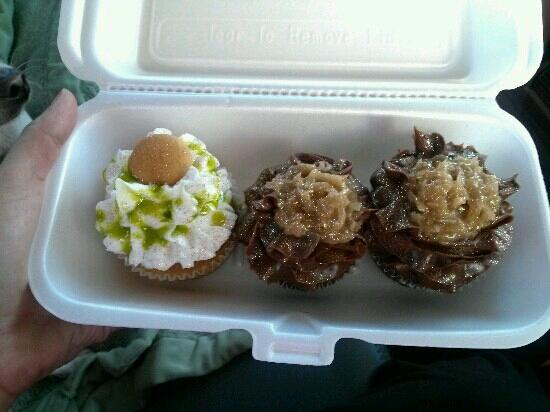AnnOlivia's Sweet Shop : Key lime and german chocolate