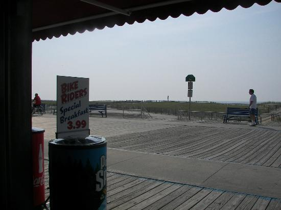 Little Nicky's Pizza: View from the front table looking out onto the North Wildwood Boardwalk