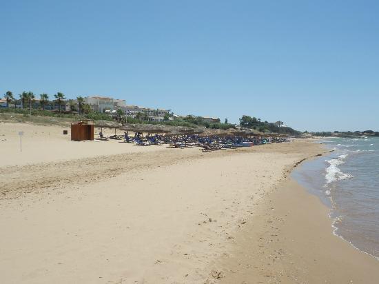 Grecotel Olympia Riviera Thalasso: Beach area for Thalaso hotel