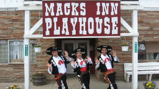Mack's Inn Playhouse