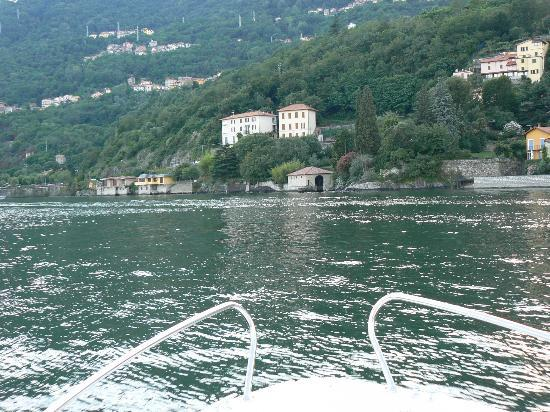 B&B Miramusi : View of apartment from our speedboat.