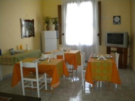 B&B Il Satiro Danzante: Sala Breakfast