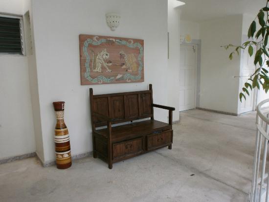 Coco Rio Playa del Carmen: corridoio esterno camera