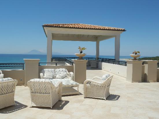 Grecotel Olympia Riviera Thalasso: Main terrace