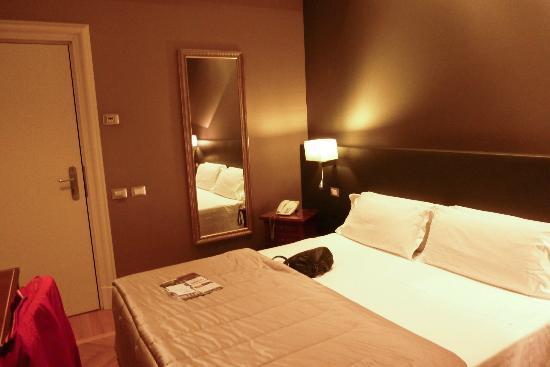 Hotel Principe Torlonia: Our room