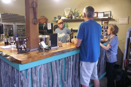 Juniper Well Ranch: Casual wine tastings with owner Dave