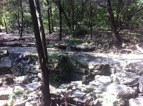 بارتون كريك ريزورت آند سبا: nature trail 
