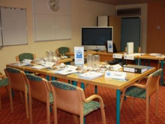 Akzent Hotel Aggertal Zur Alten Linde: Meeting Room