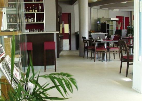 Comfort Hotel Bordeaux Mérignac : FRLobby
