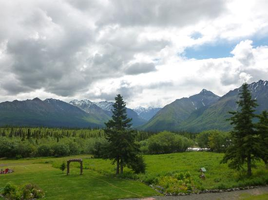 Majestic Valley Wilderness Lodge: View from lodge