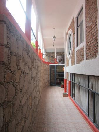 Casa Zuniga B&B: hallway