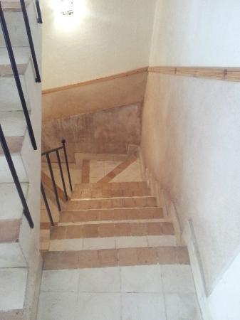 Riad Ineslisa: Escaleras