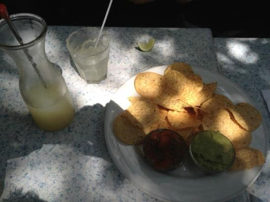 Hacienda Restaurant : Snack and drink.