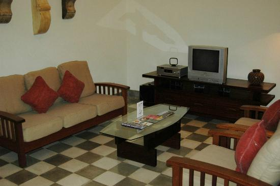 Villas de Palermo Hotel & Resort: Living area in villa